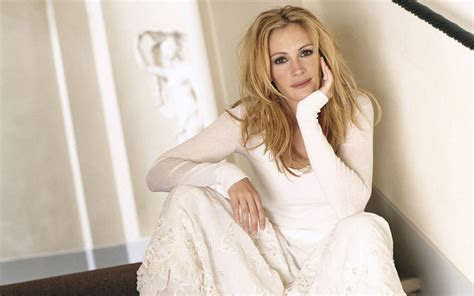 Julia Roberts images Julia Roberts HD wallpaper and