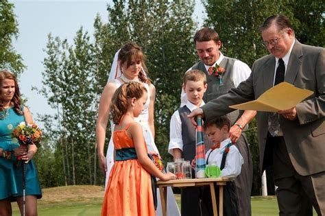 Blended family: sand ceremony during our wedding: Each