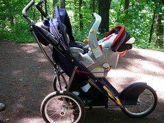 Combo Jogging Stroller and Car Seat