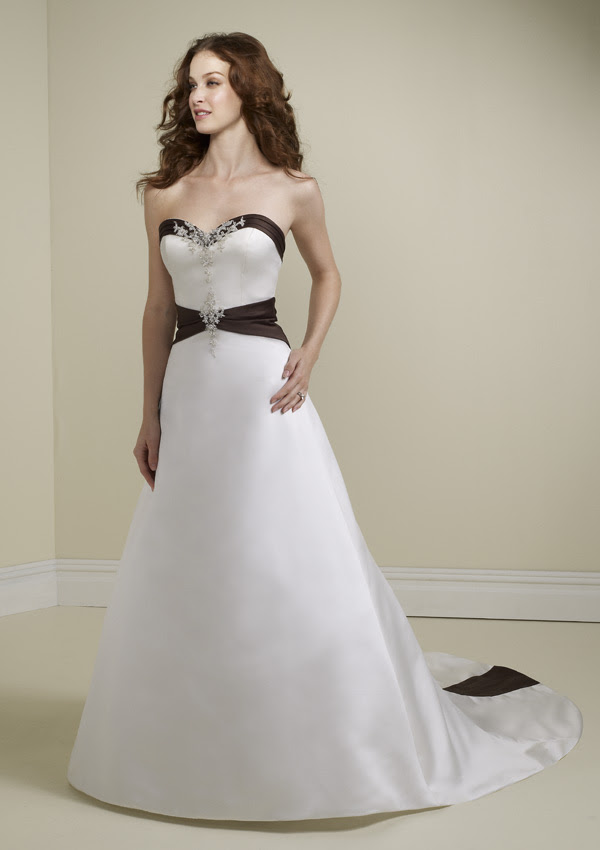 wedding dress with a black line variations look good