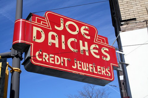 joe daiches sign