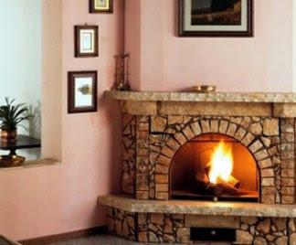 Forno rotor cucina rivestimenti camini in pietra lavica for Camini rustici in pietra