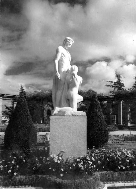 Palacio de la Sisla en 1935. Fotografía Josep Gaspar i Serra © Arxiu Nacional de Catalunya. Signatura ANC1-23-N-1552