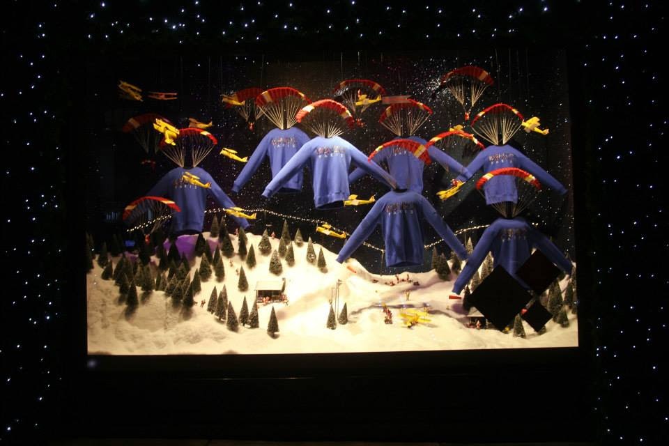 best-window-displays_selfridges_2013_christmas_destination-christmas_08