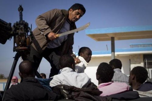 Counter-revolutionary, western-backed rebels in Libya round up Africans on behalf of their CIA and neo-colonial masters. Nigerians, Ghanaians and other Africans, including black Libyans have been arrested, beaten and killed by the reactionaries. by Pan-African News Wire File Photos
