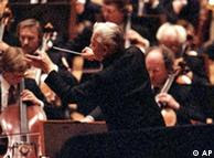Karajan conducts the Berlin Philharmonic in 1987