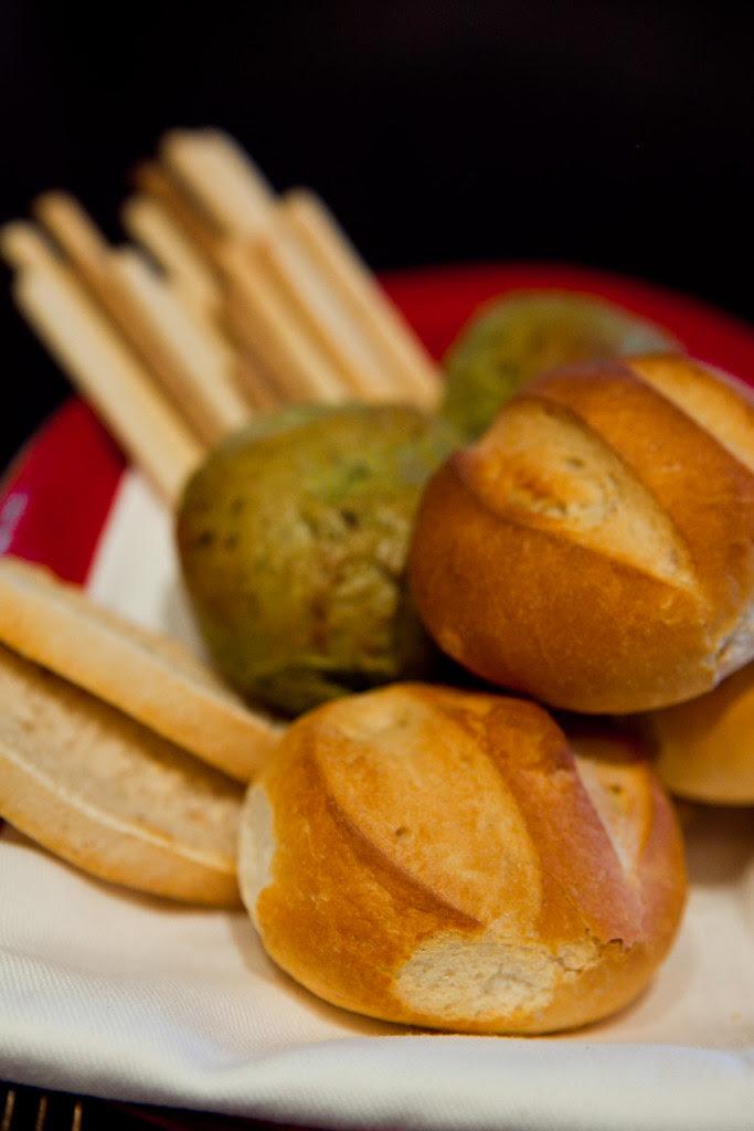 hot tasty breads