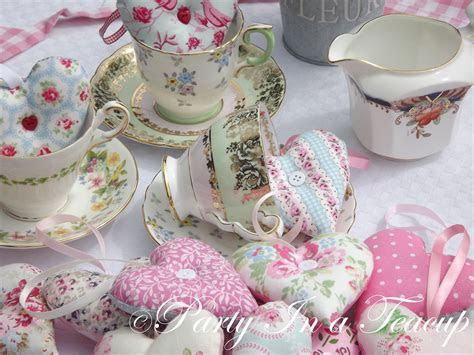 Vintage China & Fabric Heart Favours ? Party In A Teacup