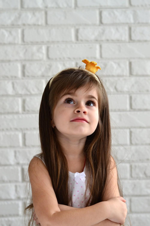 Girls Crochet Headband / Crown headband - Yellow & White - Girls flower headband, girls yellow flower headband