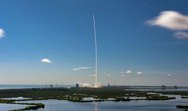 Россия намерена штрафовать за использование спутникового интернета SpaceX Starlink