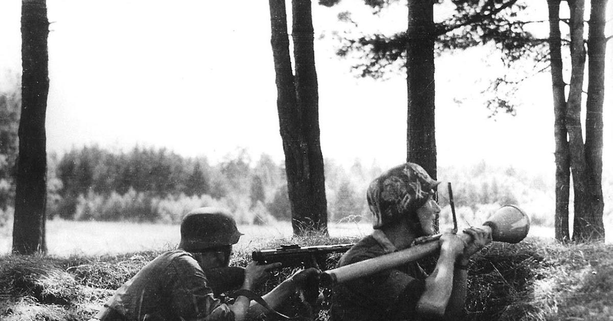 Armour force / Panssaroitu voima : Tilannekuvia
