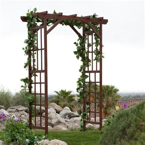 wedding arbor with grapevine!! :)   Wedding Ideas