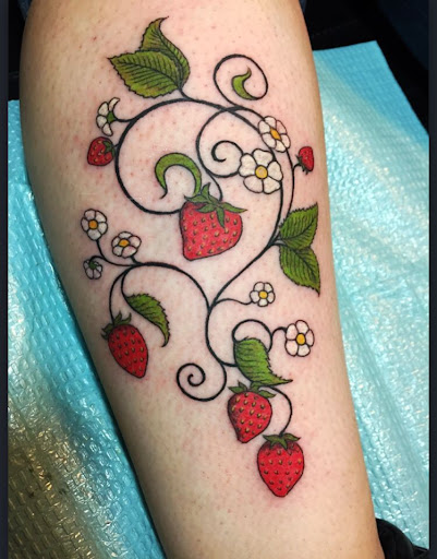 a125473b0 Strawberry tattoo by Audrey Mello My art Pinterest Strawberry tattoo, Tattoo  and Tatting