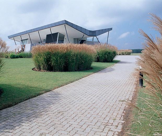 Arquitectura paisajista a la altura del paisaje tecno haus for Arquitectura tecnica a distancia