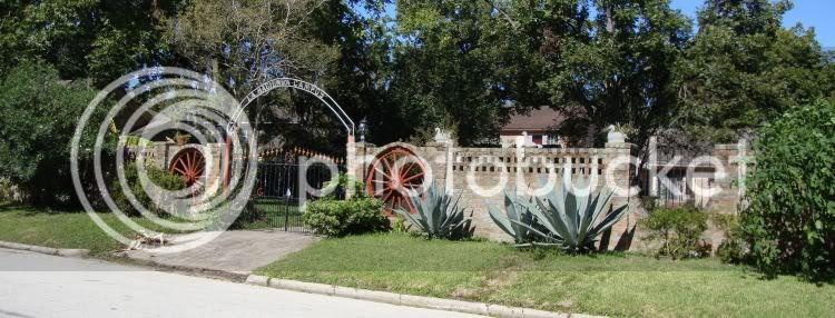La Hacienda Campos on Graceland