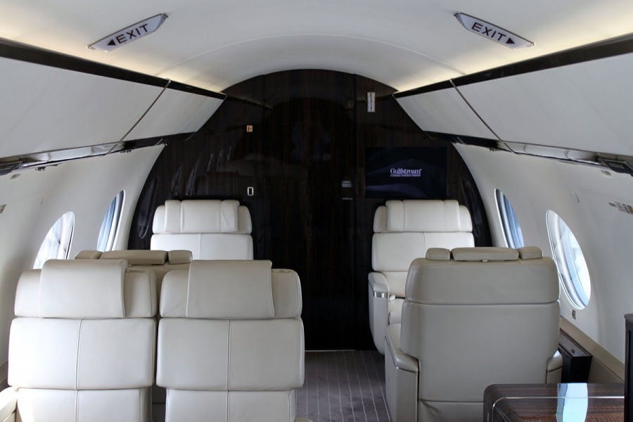 AD-Step-Inside-Rupert-Murdoch's-Luxurious-$84-Million-Private-Jet-05