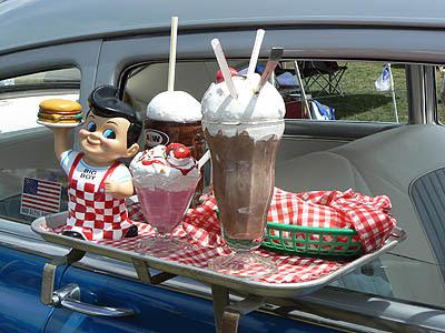plpateau shakes and malts.jpg