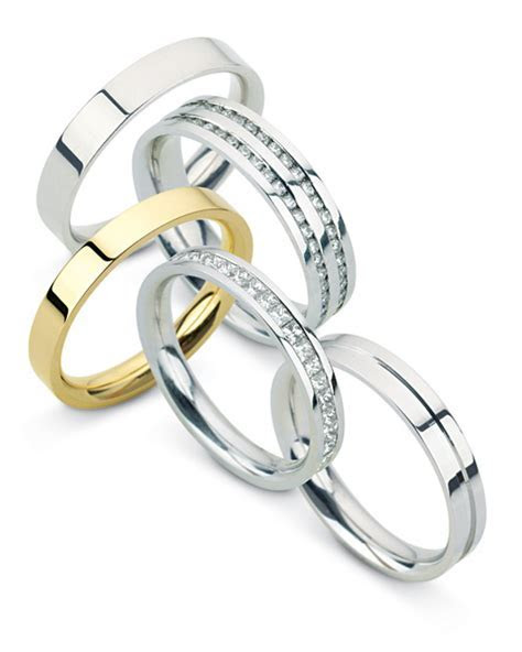 Lloyds Jewellery » Blog Archive » Wedding rings at Lloyds