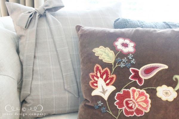 fall pillow peeks | jones design company