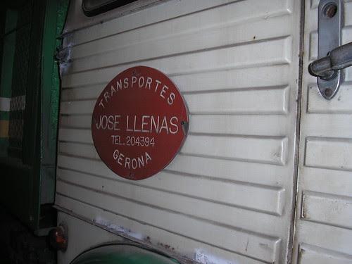 Placa de TRANSPORTS LLENAS en un Pegaso 1060
