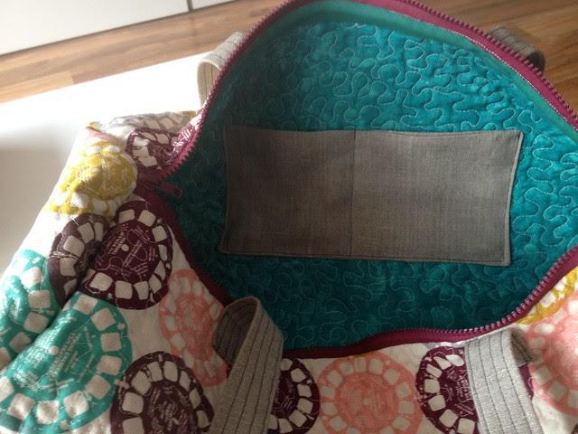 bolsa de labores - bolsillos interiores