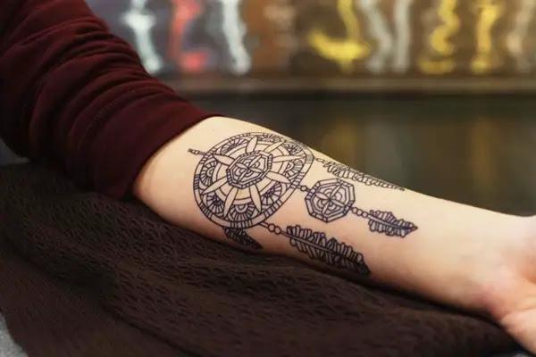 10 Unique Tattoo Designs For Dreamers