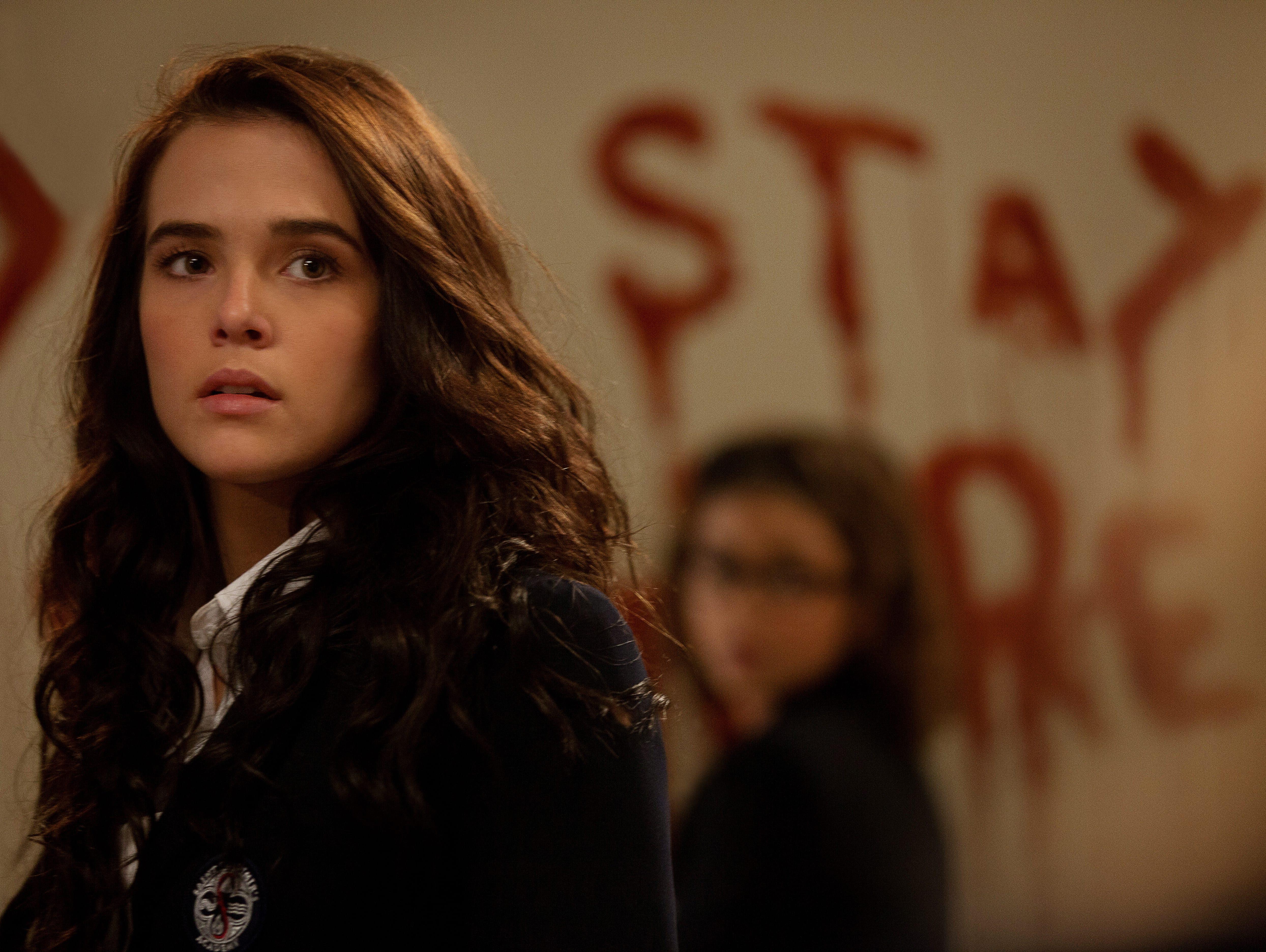 'Vampire Academy': Deutch as Hathaway