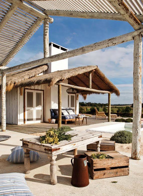 In This Magical Corner Of Komporta Portugal The Designer And Decorator Pequenina Rodrigue Created Summer Beach House