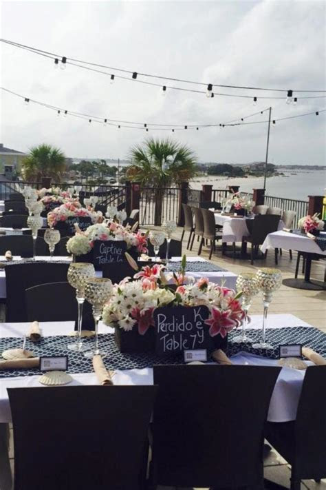 Hemingway's Island Grill Weddings   Get Prices for Wedding