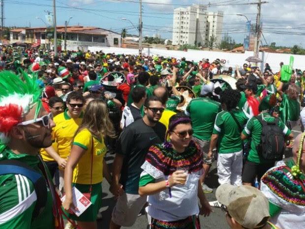 Mexicanos foram a maioria no Castelão (Foto: Diana Vasconcelos/G1)