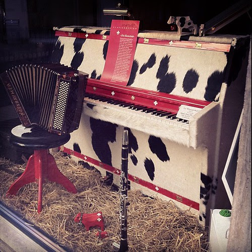 Cow piano