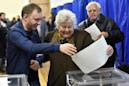 Comedian heads to run-off against incumbent for Ukraine presidency