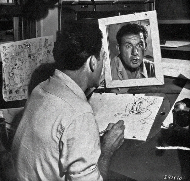 mirror-facial-expression-disney-animator-1