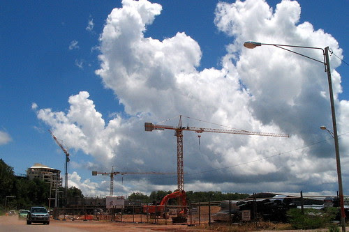 Construction on Darwin Harbor