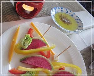 富里「Cucina Tokionese Cozima」にて、久しぶりのバーニャカウダ。