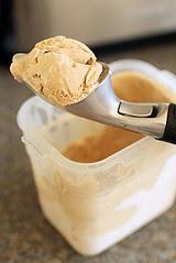 Oxo beak ice cream scoop IMG_8791 R