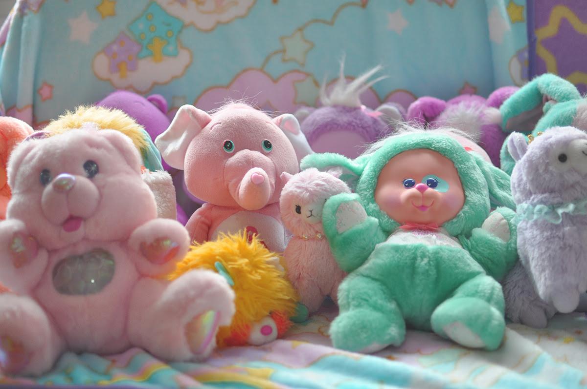 alguns ursinhos de pelúcia