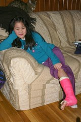 Sophia with her Bright Pink Cast