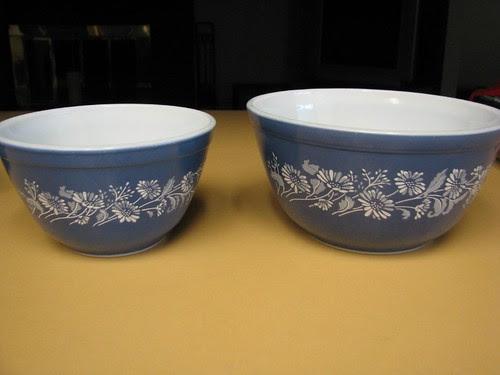 Colonial Mist bowls
