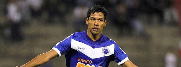 Wallyson gol Cruzeiro (Foto: AP)