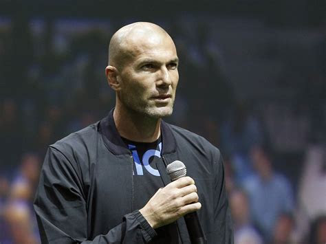 zinedine zidane wallpapers images  pictures backgrounds