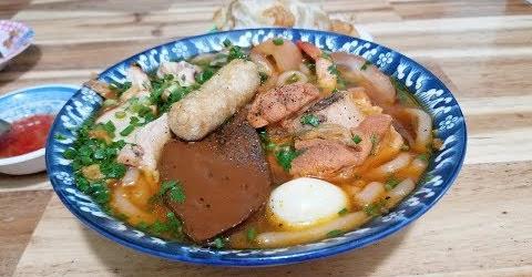 Bánh canh cua 30k đảm bảo ngon rẻ chất lượng nhất Sài Gòn