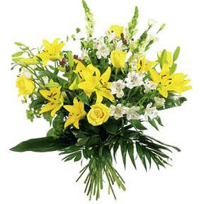 Dillons Bouquet Of Long Stemmed Flowers Yellow And White Colors