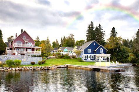 Nova Scotia Wedding Venues: A Cottage Wedding at Rosewood