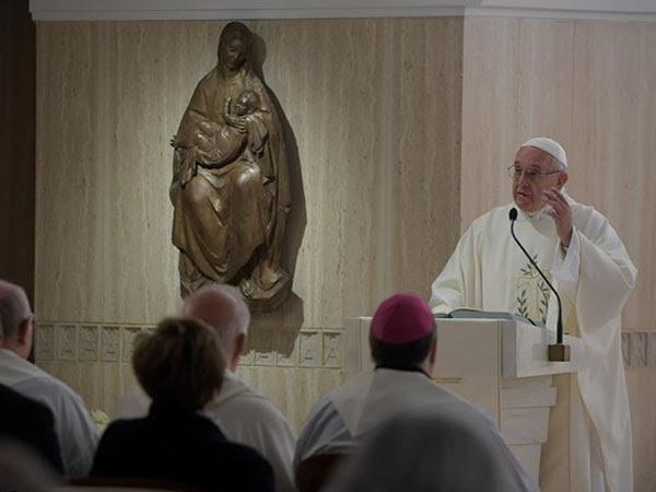 Papa durante Missa na Casa Santa Marta / Foto: L'Osservatore Romano