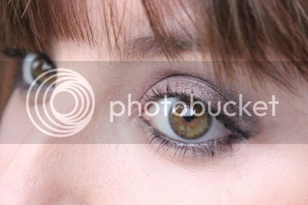 photo Makeup Rev eyes - Close up.jpg