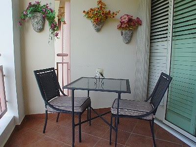 How to Choose Outdoor Patio Furniture for Condo Balcony or ...