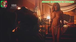 Simone Spoladore nua na serie Magnifica 70