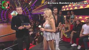 Barbara Bandeira sensual no Dança com Estrelas