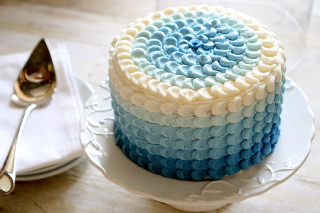 Bolo de aniversário azul